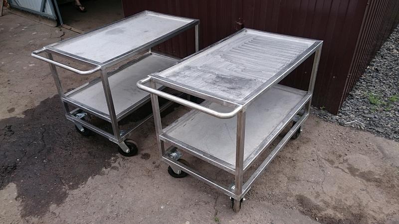 Изделия из нержавеющей стали - столы.JPG